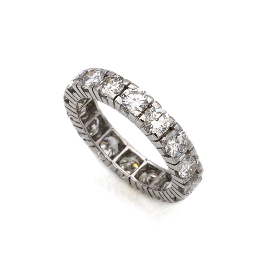 Alliance complète en or gris et 16 diamants