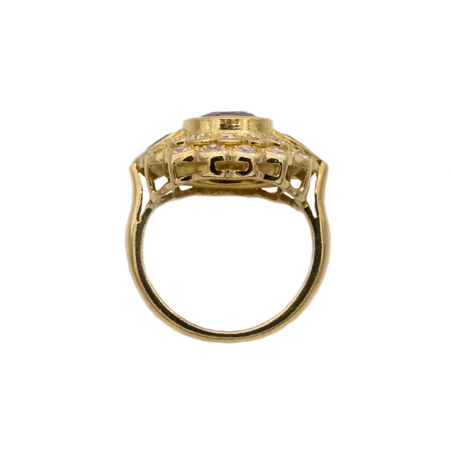 Bague double entourage en or jaune, saphir, 22 diamants et 2 tourmalines