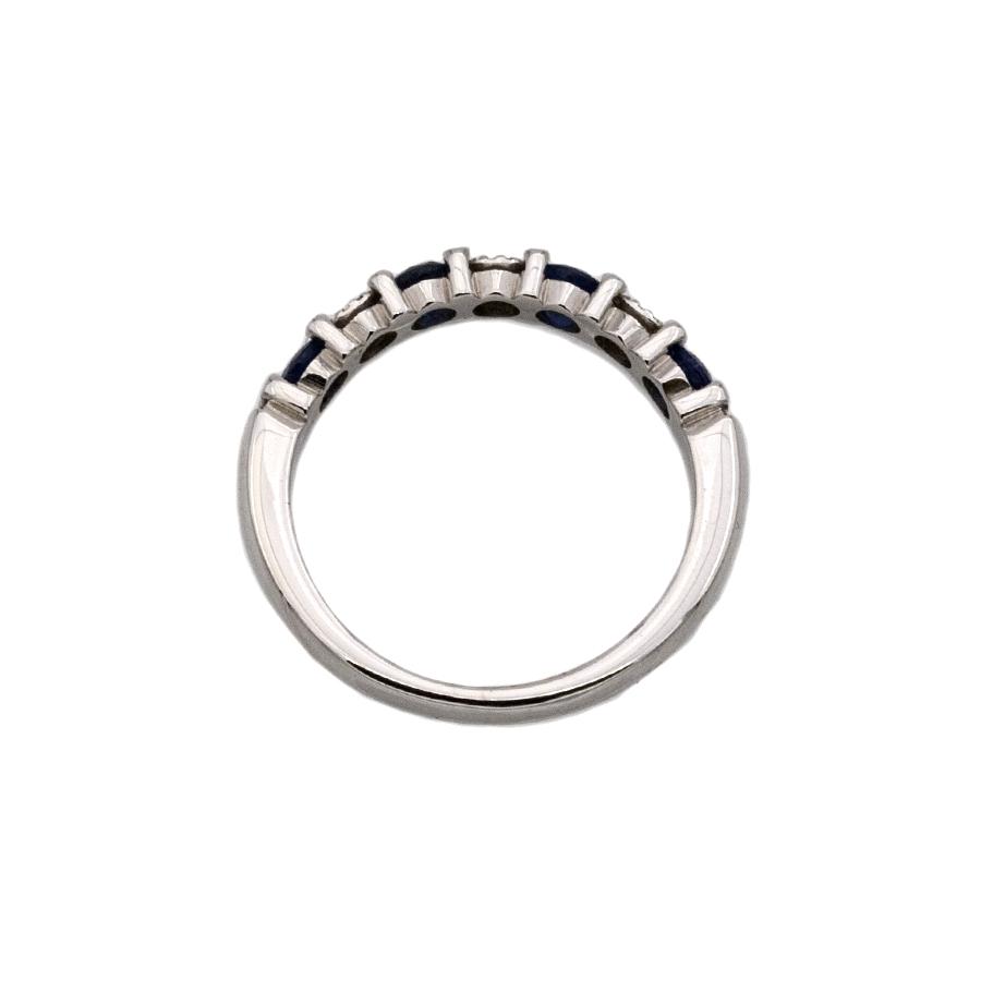 Bague Demi-Alliance en or gris, 4 saphirs et 21 diamants