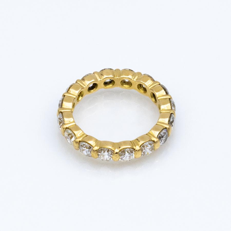 Alliance complète en or jaune et 16 diamants
