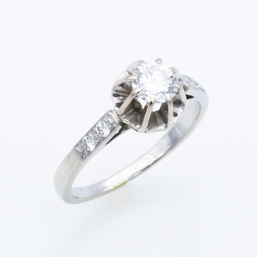 Bague Solitaire en or gris et 5 diamants