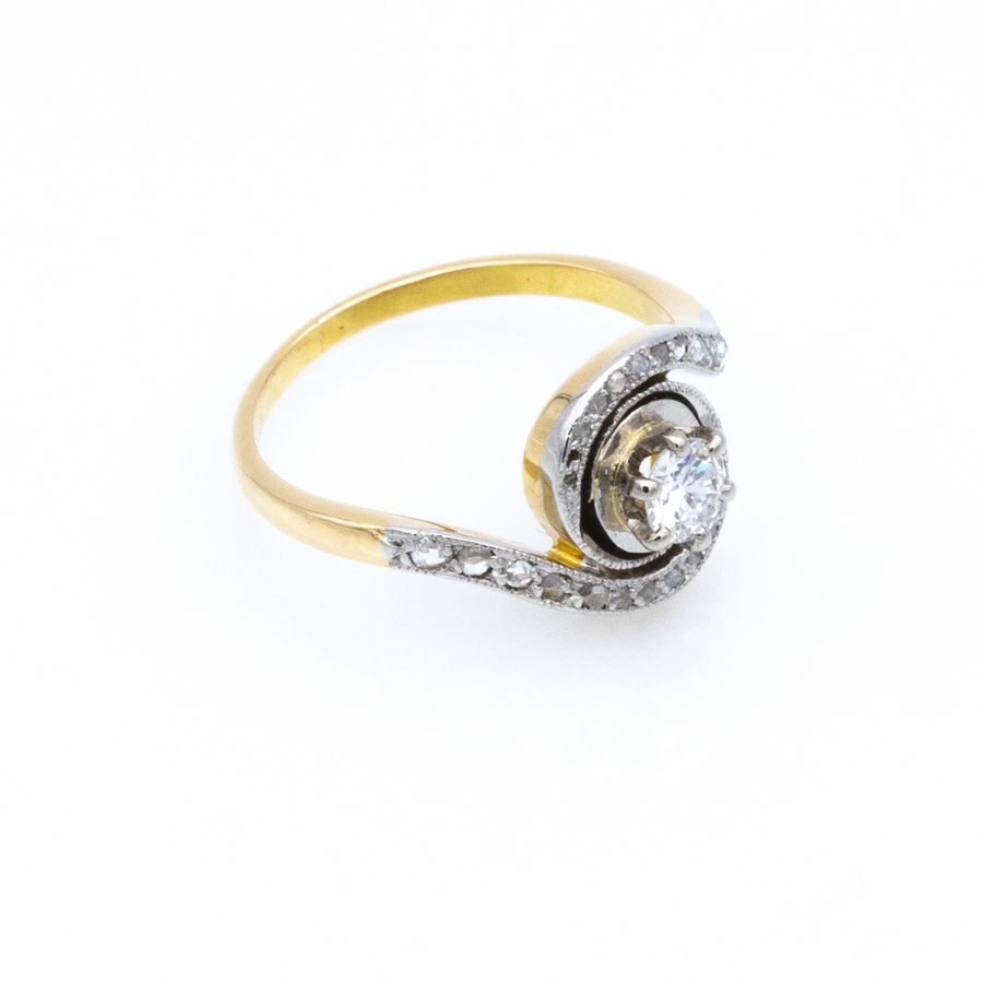 Bague tourbillon en 2 ors et 25 diamants