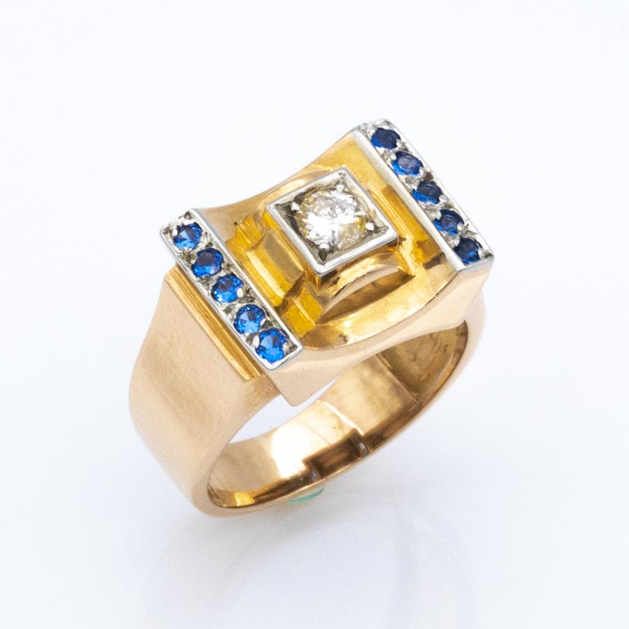 Bague tank en or, diamant et 10 saphirs