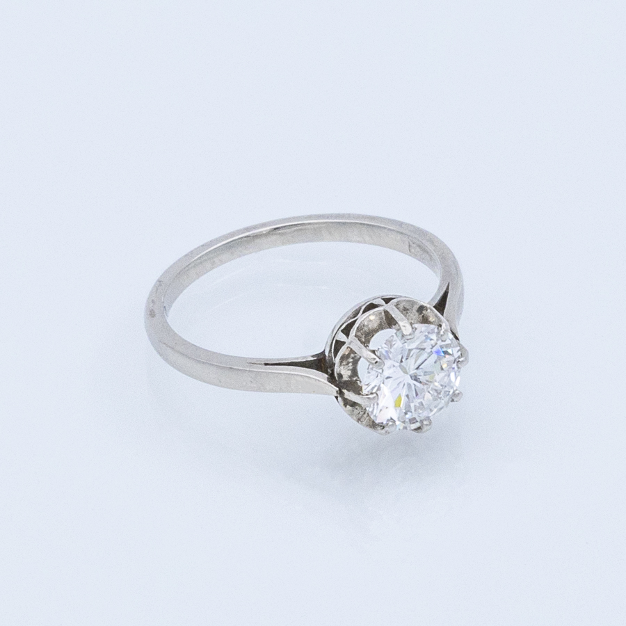 Bague solitaire en or gris et diamant en serti 8 griffes