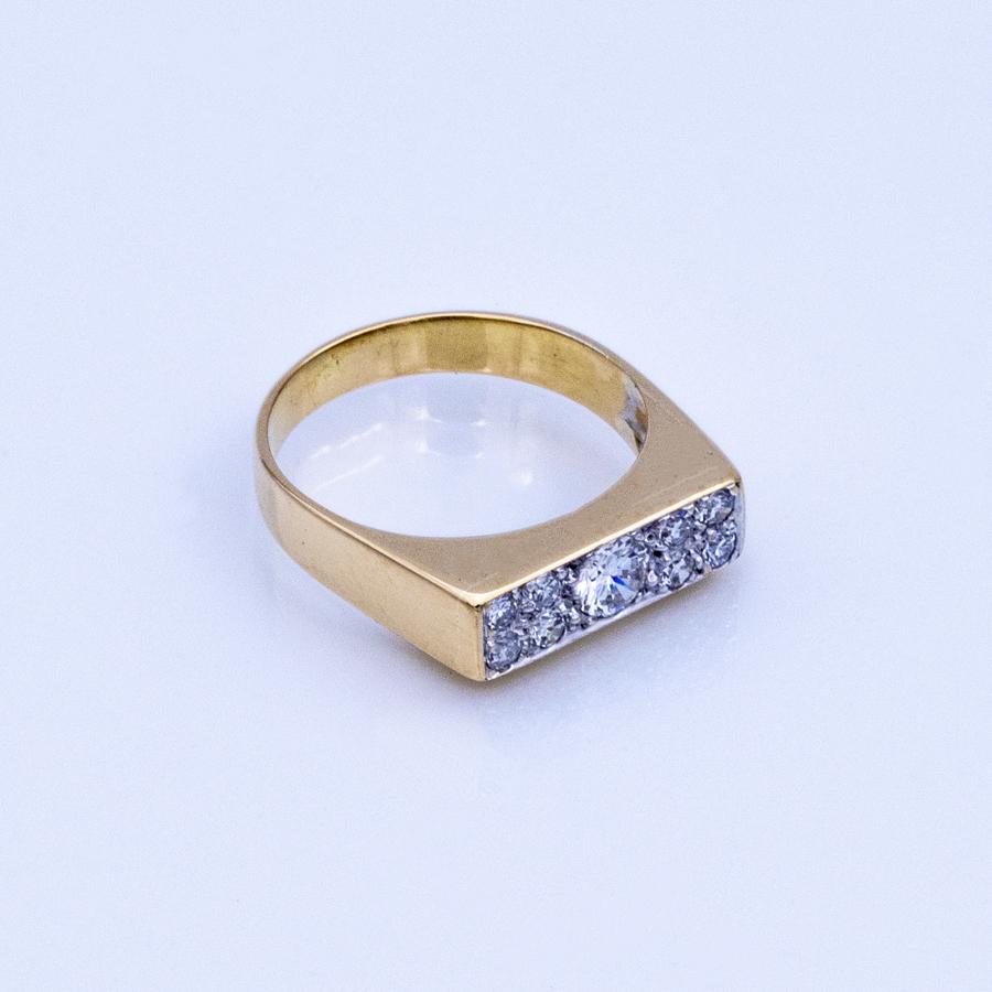 Bague chevalière en 2 ors et 9 diamants