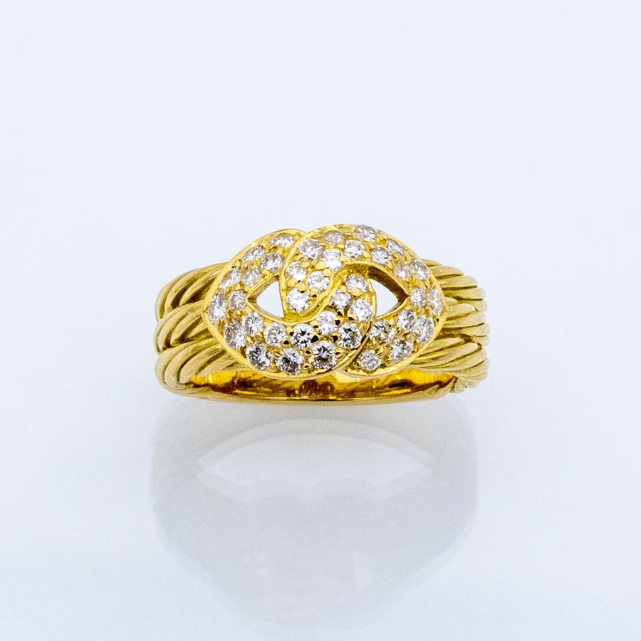 Bague torsade en or jaune et 38 diamants
