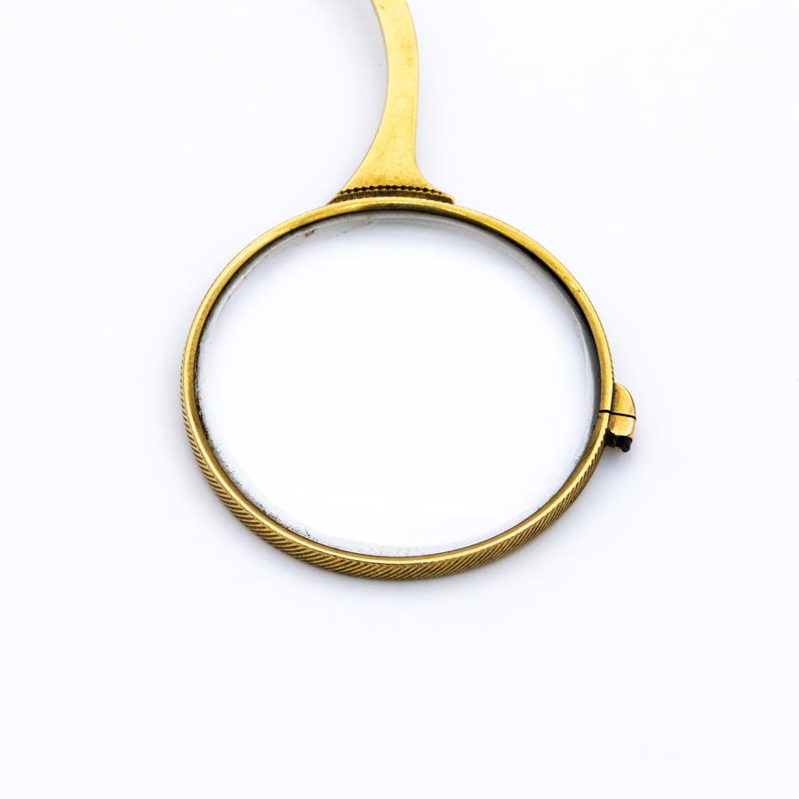 Paire de binocles en or jaune