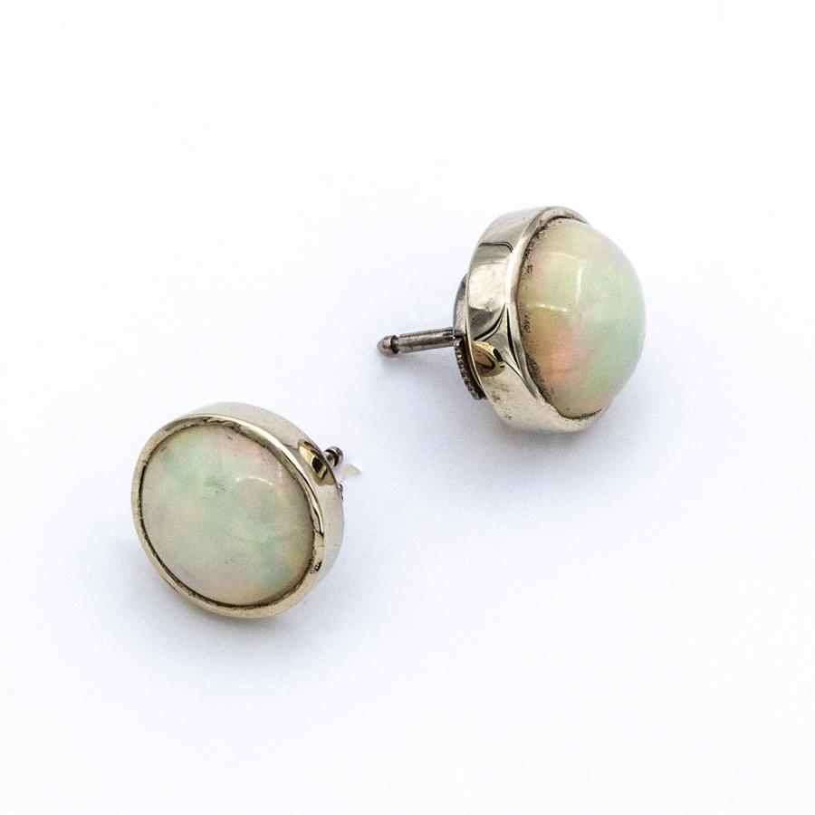 Boucles d'oreilles en or et opales