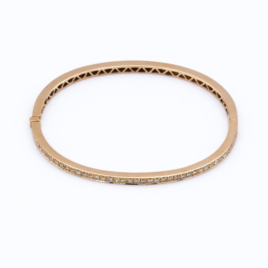 Bracelet jonc ouvrant en or jaune et 83 diamants