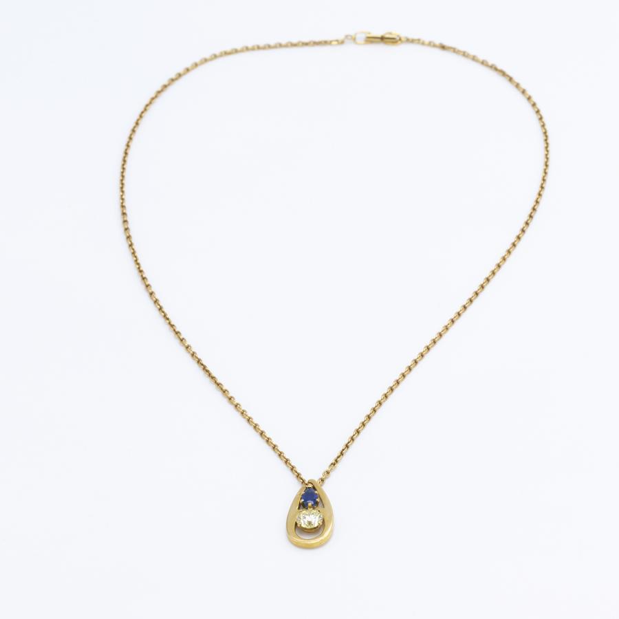 Collier pendentif en or jaune, saphir et diamant