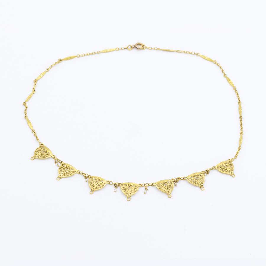 Collier filigrane en or et perles fines