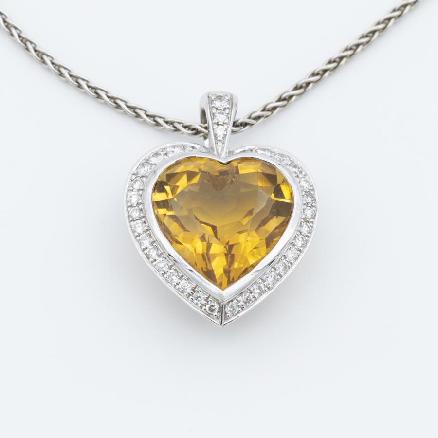 Collier Pendentif en or gris cœur citrine diamants